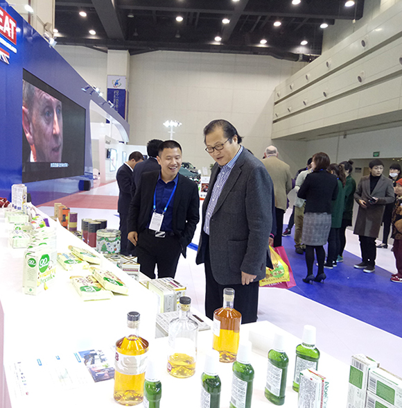 Products-Display-to-Counsellor-Jin-Xu-Trade-XL-Limited-Westland-Supply-Chain-Management-Co.-Ltd